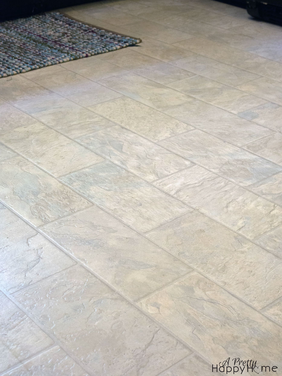 Repairing Nicks And Scratches In Linoleum Or Vinyl Flooring A Pretty Happy Home