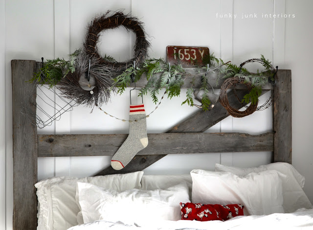 Christmas headboard-0115
