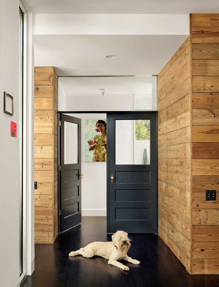 What To Do With Wood Paneling: 1960s Wood Paneling That Looks Good