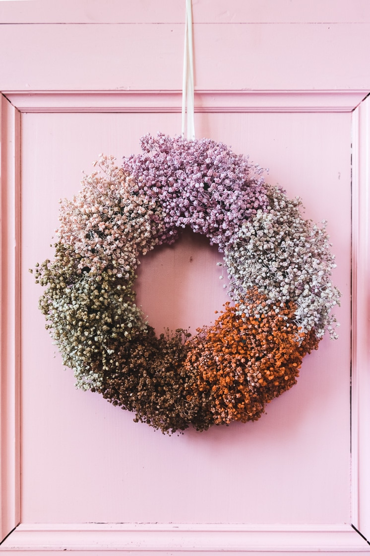 babys breath wreath from the house that lars built on the happy list