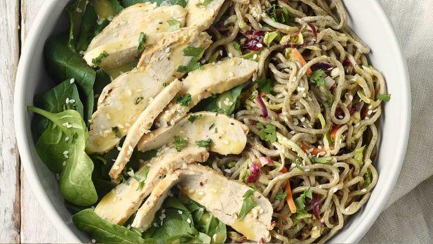 chicken-soba-noodle-salad-with-peanut-sauce-whole.desktop