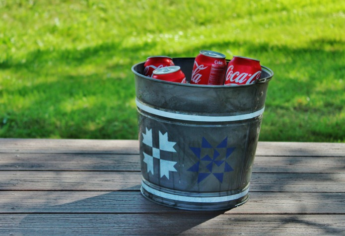 barn quilt galvanized bucket