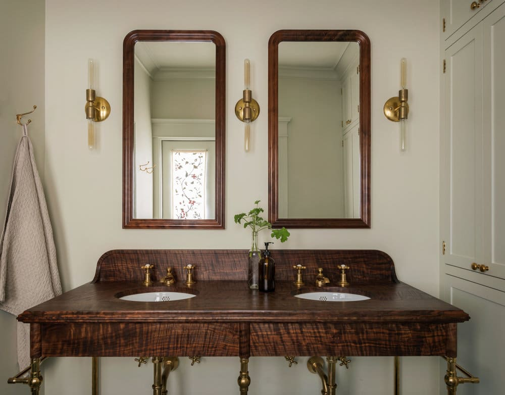 pretty bathroom by jessica helgerson interior design