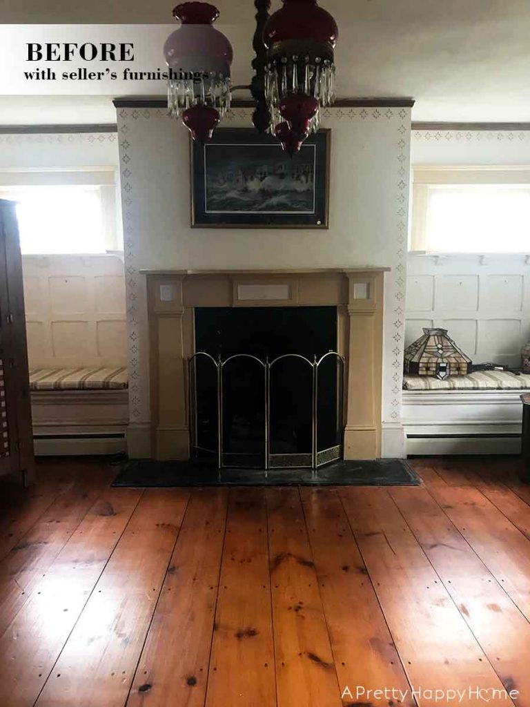 colonial farmhouse fireplace