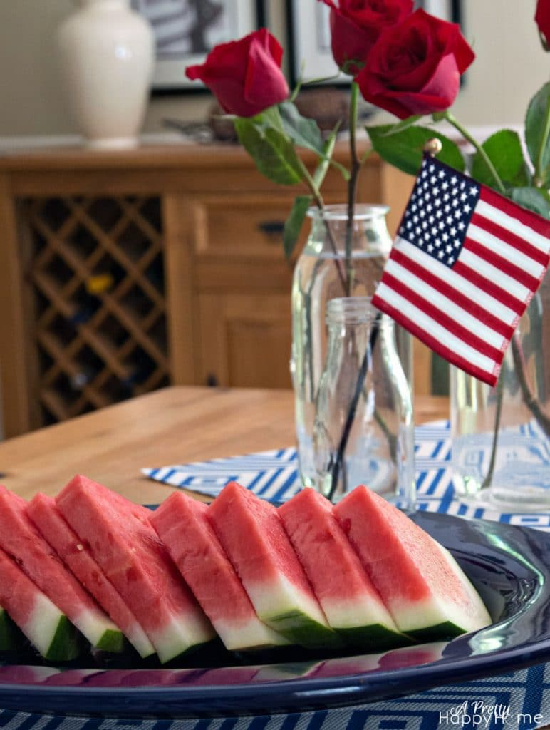 festive 4th of july ideas patriotic table