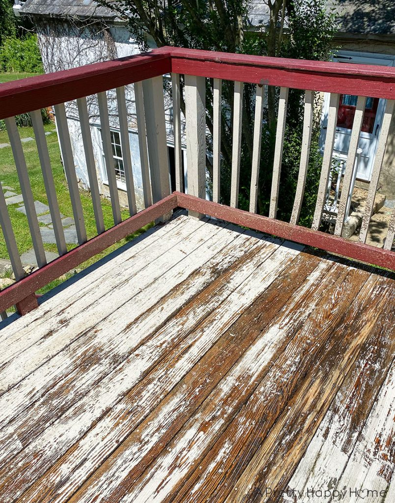 deck with black railing