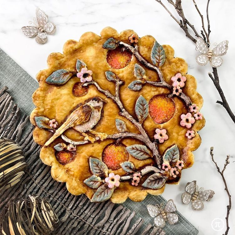 Jessica Leigh Clark-Bojin pie crust art via My Modern Met on the Happy List