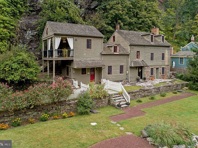 hunt reading sorby house via zillow