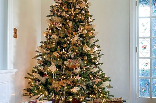 gold and copper christmas tree