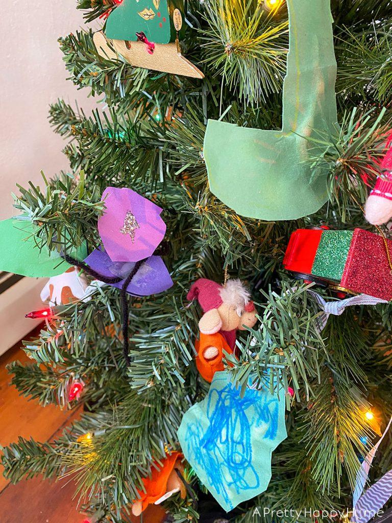 kids' Christmas tree