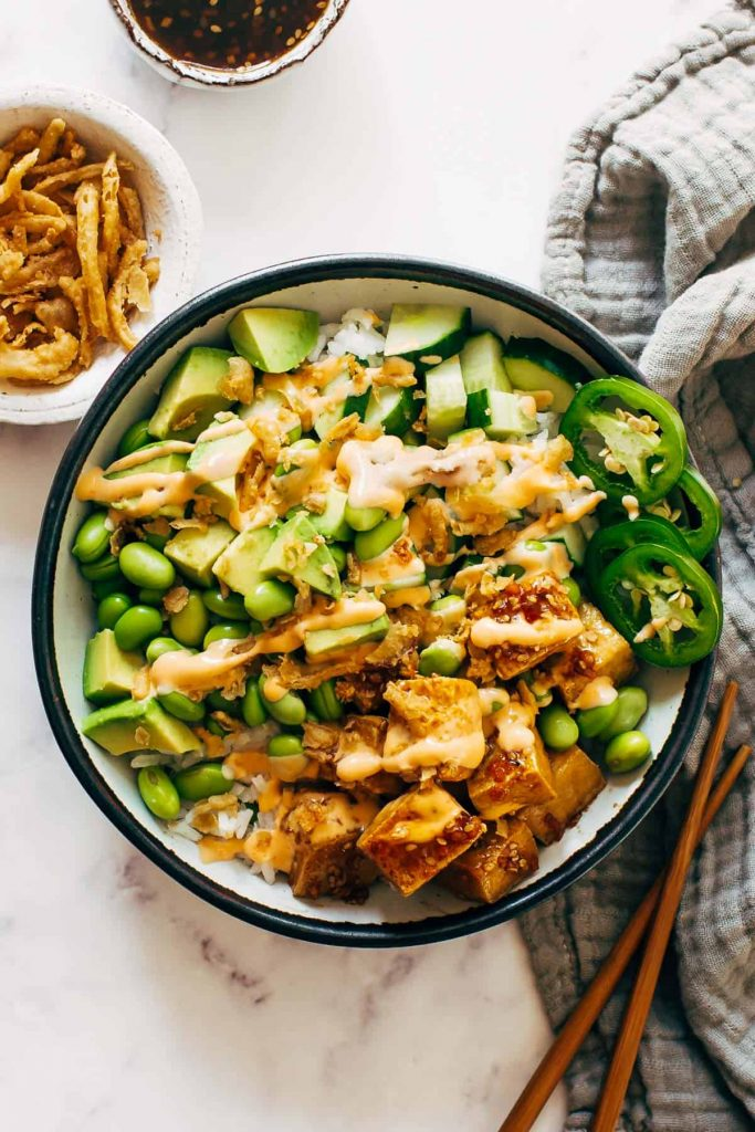 crunch roll bowl via pinch of yum on the happy list