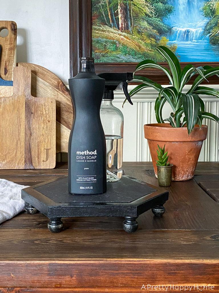 diy vinyl tile pedestal stand