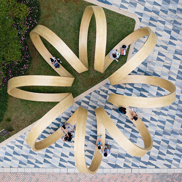 paul cocksedge time loop public art installation hong kong via my modern met on the happy list