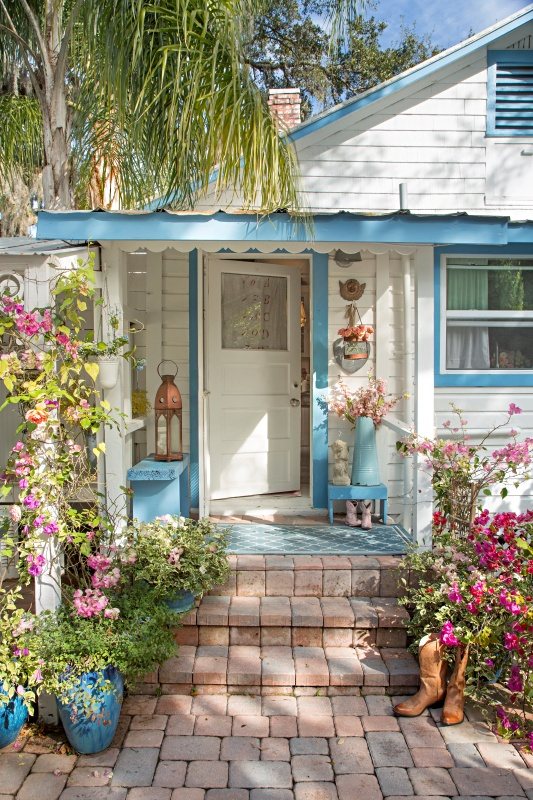 lhman fifi cottage via town and country on the happy list