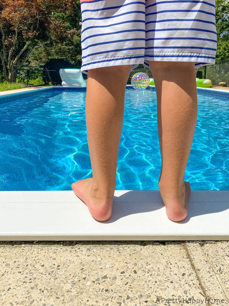 paint metal pool coping with marine paint
