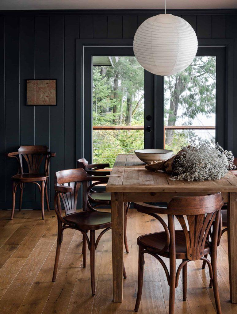 heidi Caillier design cabin snug on the happy list