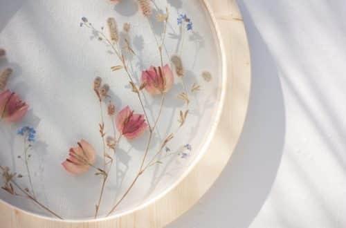 pressed flower art emerald rabbit store via etsy