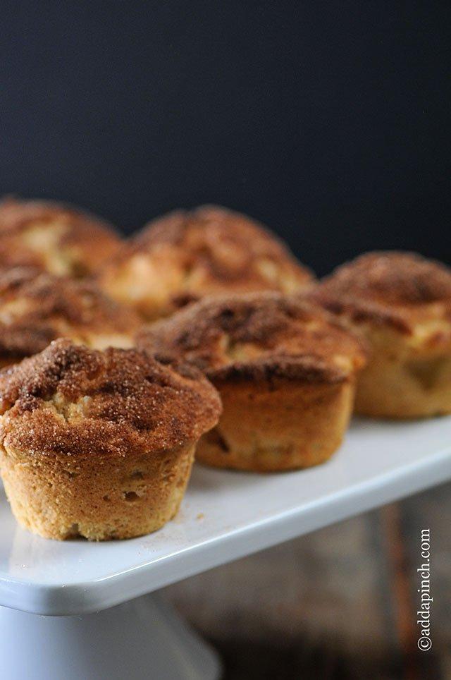 Add a Pinch Cinnamon Apple Muffins on the happy list